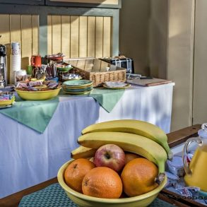 Avalon Hotel - Breakfast stocked
