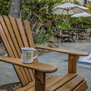 Avalon Hotel - Chairs in garden